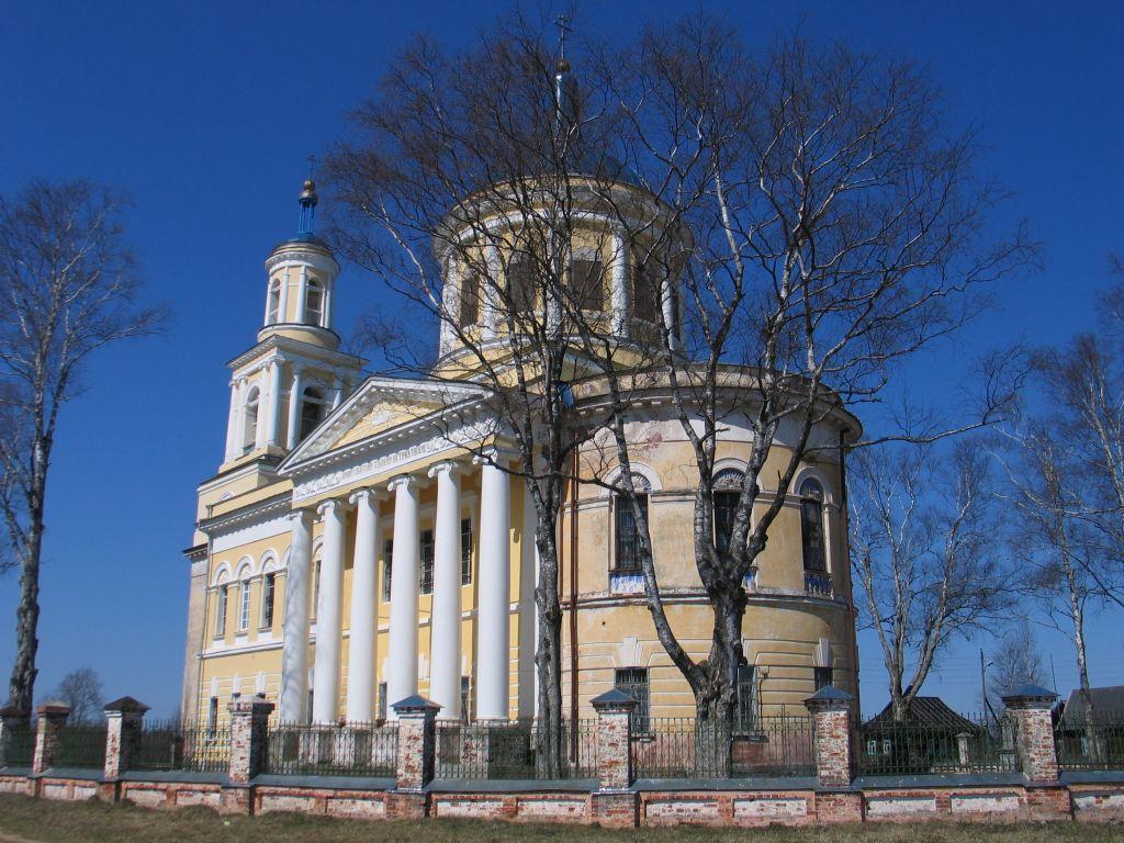 Каменный храм в Сельце Карельском